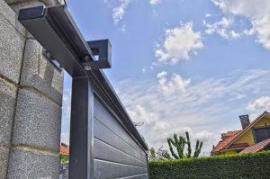 ¿En qué debemos fijarnos para elegir las mejores puertas de garaje para nuestro hogar?
